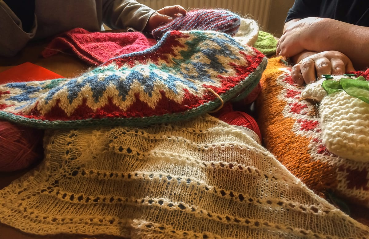 Knitting an Icelandic sweater