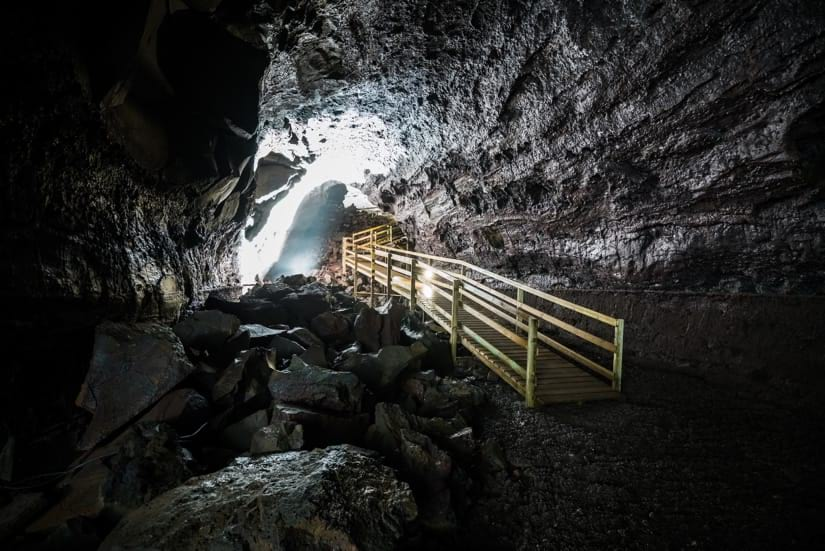 The Víðgelmir lava cave is very mighty