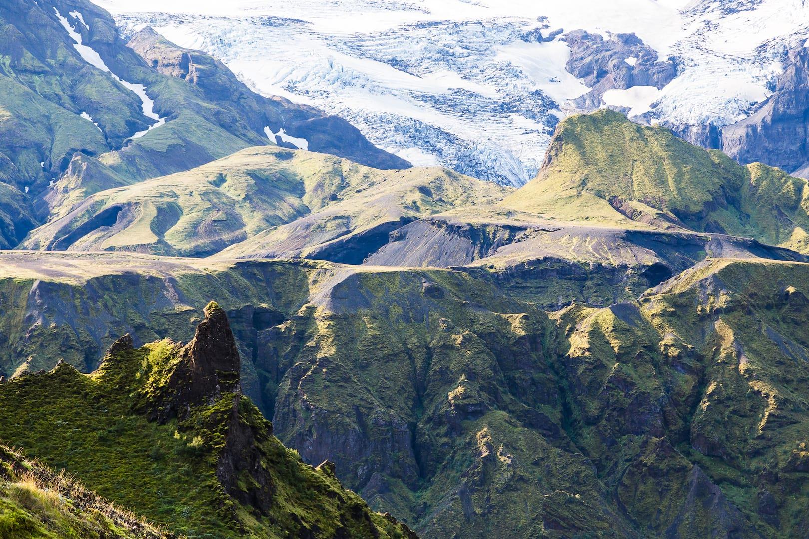 Glaciers and green valleys in Thórsmörk